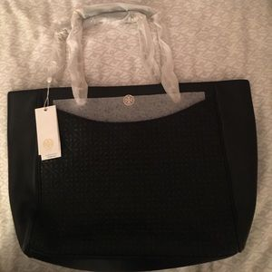 Brand New Tory Burch Bryant Tote with tags